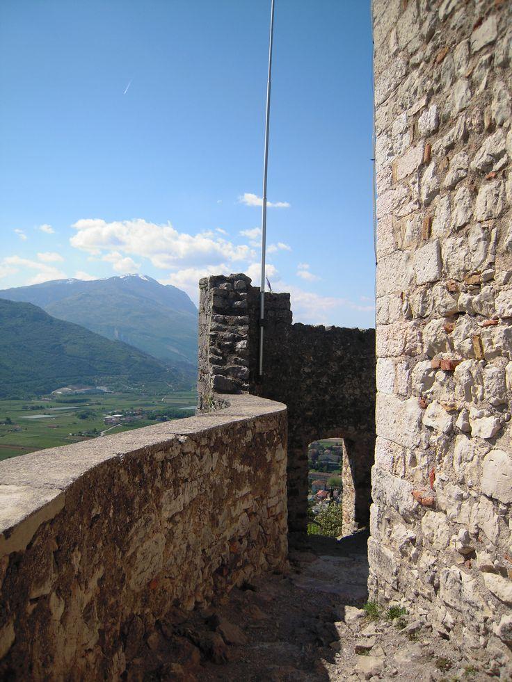 Camminatoio nell'ultima parte del castello, proprio su in cima