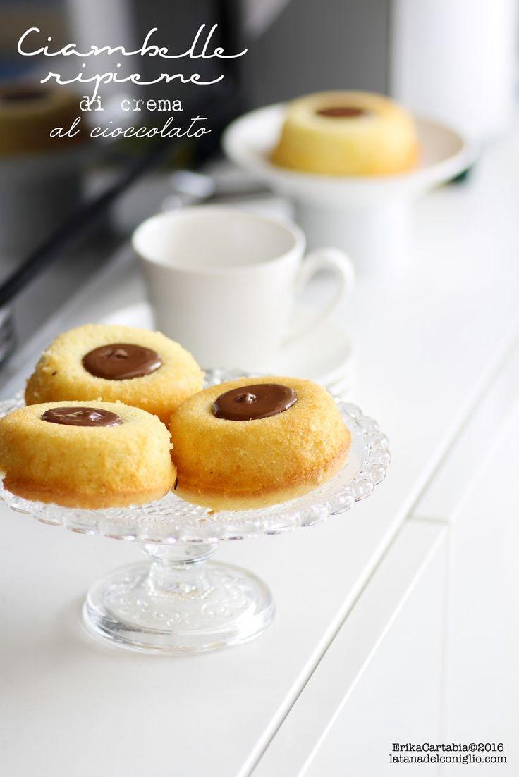 La tana del coniglio: Ciambelle ripiene di crema al cioccolato