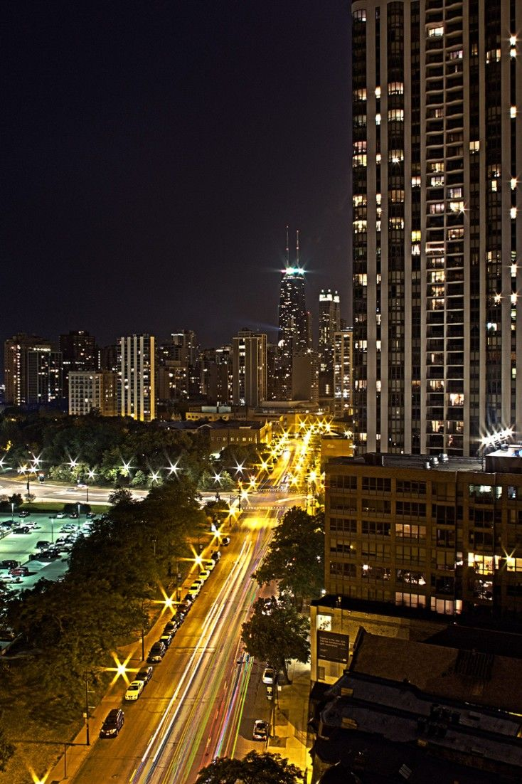 Here You Can Enjoy The Lovely Views Of The Park, Lake Michigan And Downtown  Chicago. Rooftop Bars ...