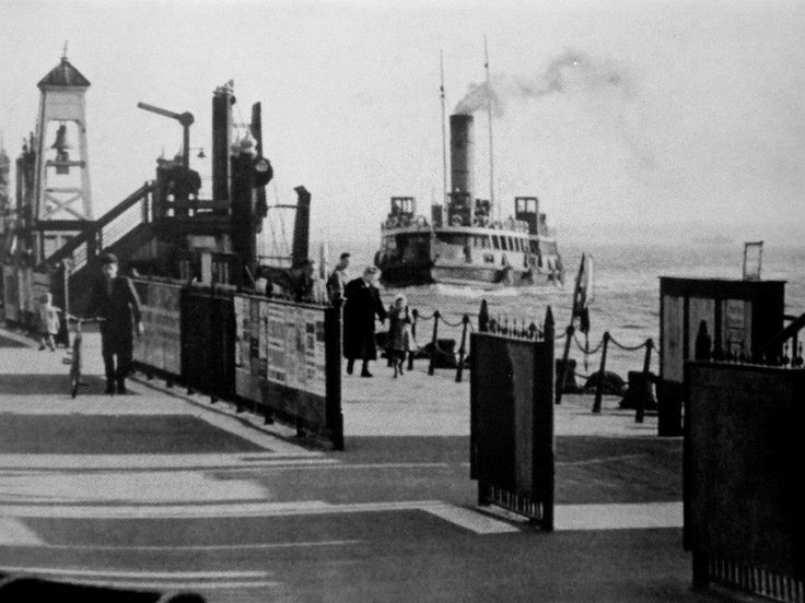 """Bidston"" (built 1933) Princes landing stage 1958"