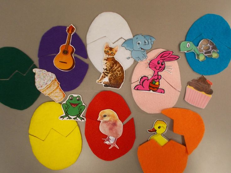 Fun with Friends at Storytime: Chickens and Eggs!