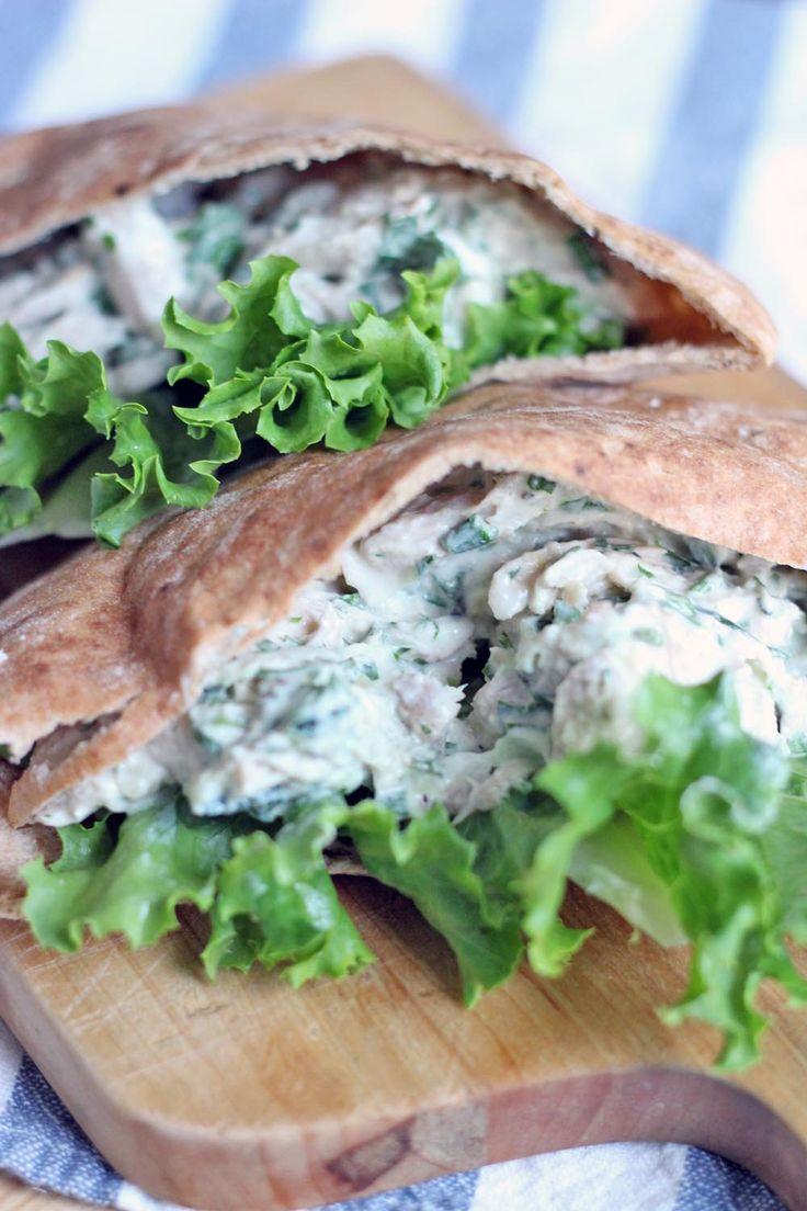 Tzatziki Greek Yogurt Chicken Salad - using 0% Greek yoghurt makes this syn free. Would make a great sandwich filling or lettuce wrap