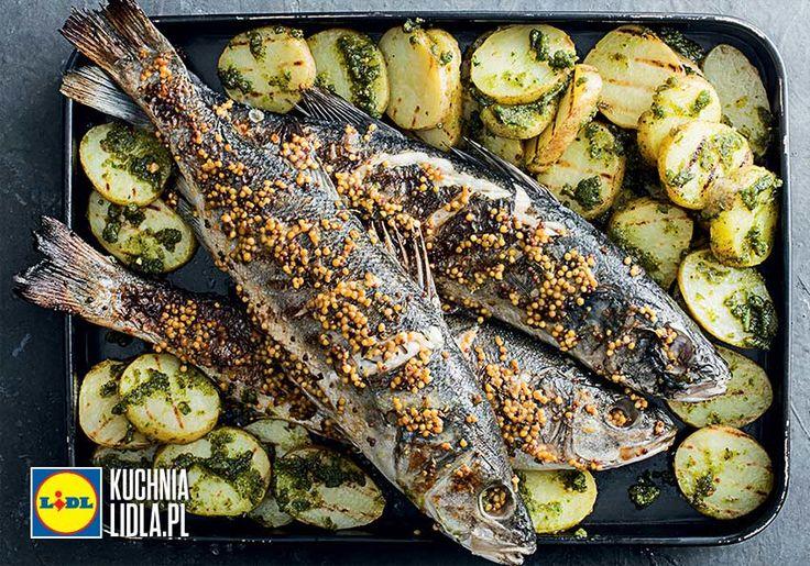 Okoń morski z grilla z masłem musztardowym, ziemniakami z grilla i z pesto bazyliowym. Kuchnia Lidla - Lidl Polska #okrasa #okon #grill