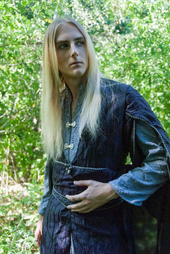 Being inspired by Thranduil outfits from Hobbit, as well as the historical gowns, we tried to capture the essence of the mystery behind the elven