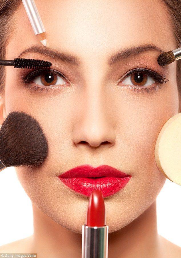 9 trucuri de make-up pentru a arăta mai bine în fotografii