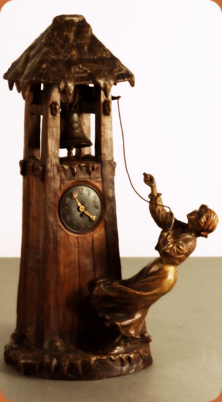 Friedrich Goldscheider, Vienna. Table clock, c1900. H. 76.5 cm. Designed by Albert Dominique Rosé. Earthenware, matt brown, bronze-like