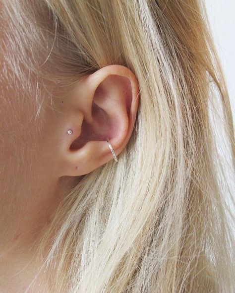 Silber Conch Piercing | Gold Conch Hoop | Conch Hoop | Delicate Conch Piercing |…