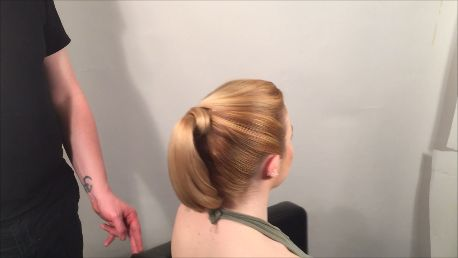 10 Steps to an Awesome Pony Tail
