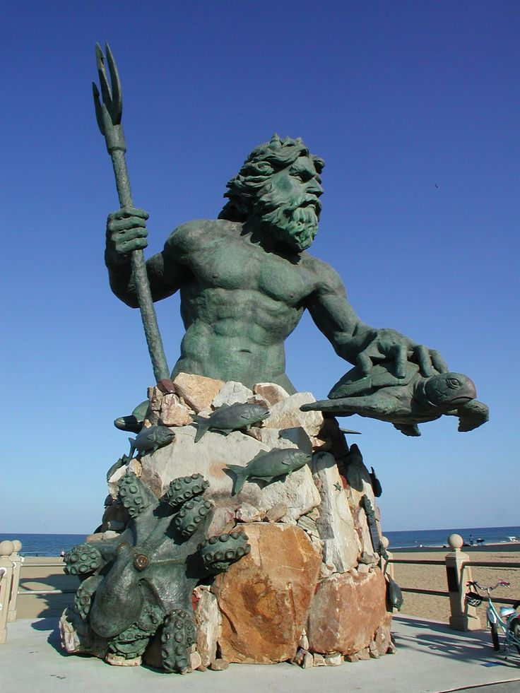King Neptune statue, Virginia Beach's boardwalk