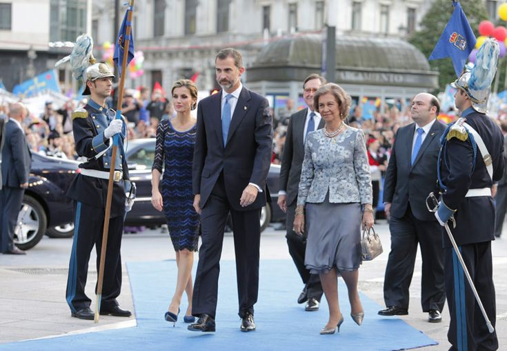 King Felipe VI of Spain (C), Queen Letizia of Spain (L) and Queen Sofia of Spain (R) attend the Principe de Asturias Awards 2014 ceremony at the Campoamor Theater on October 24, 2014 in Oviedo, Spain.
