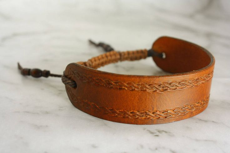 Leather Bracelet, Leather and Macrame Bracelet, Unisex Bracelet, Brown Leather Bracelet, Leather Jewelry, Gift for him, Gift for her by LeatherTrove on Etsy