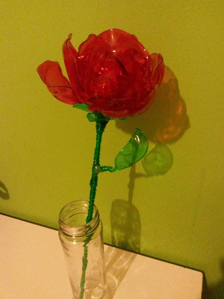 Flower plastic bottle