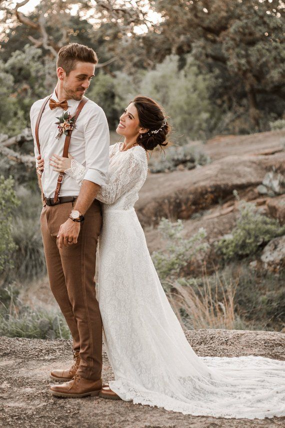 Venice / Bohemian Wedding Dress / Vintage Lace Wedding Dress / Open Back Backless and Long Sleeves Wedding Gown