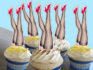 Toppers para o chá de lingerie!  Lindossss!!  Vamos nos inspirar? contato@santodecasadesign.com