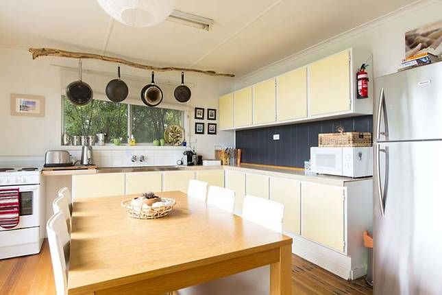 'Alkira' Bruny Island Shack, a Bruny Island House | Stayz