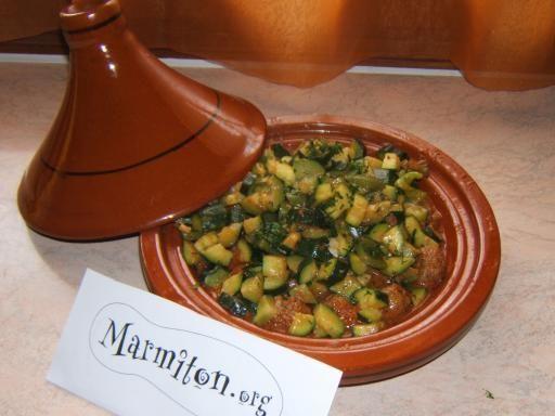 Tajine de keftas aux courgettes et poivrons - Recette de cuisine Marmiton : une recette