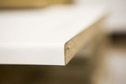 Vinduesbundstykke Basis - træbaserede plader. Copyright: Keflico A/S