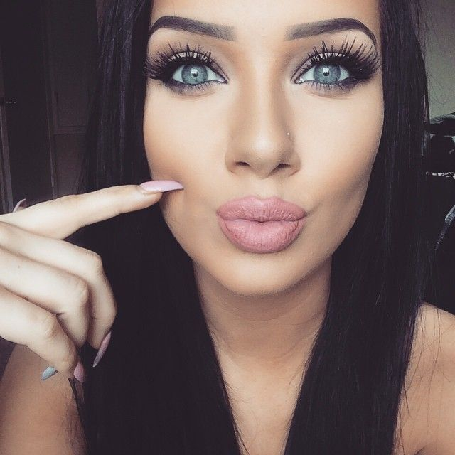 '2' Products For Bigger Lips & Longer Lashes. Here's How: http://offers.poiseandpurpose.com/lips/lips.php?pub=370349&c1=018&c2=PinLip1&c3=