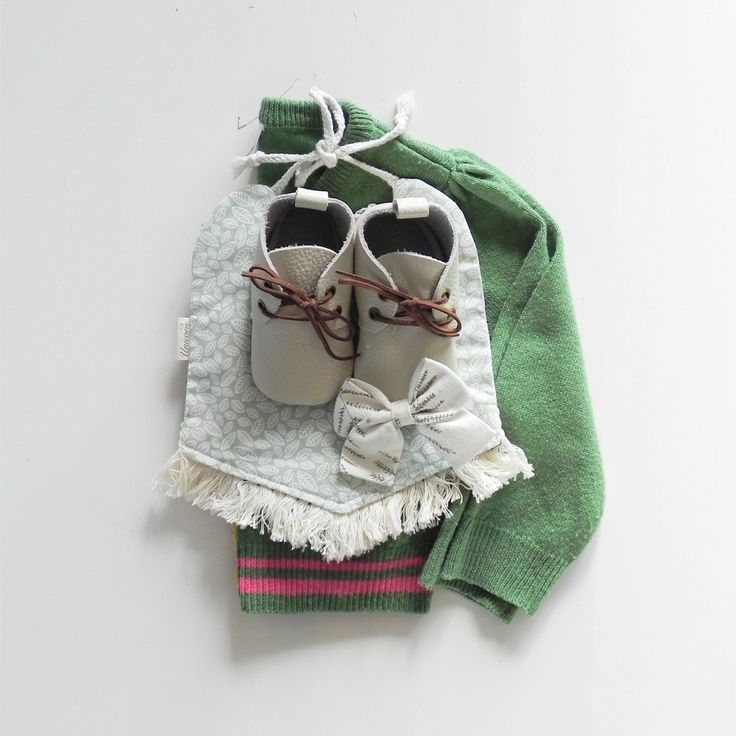 Autumn baby outfit featuring ours leather oxfords Ivory Bobby Boots