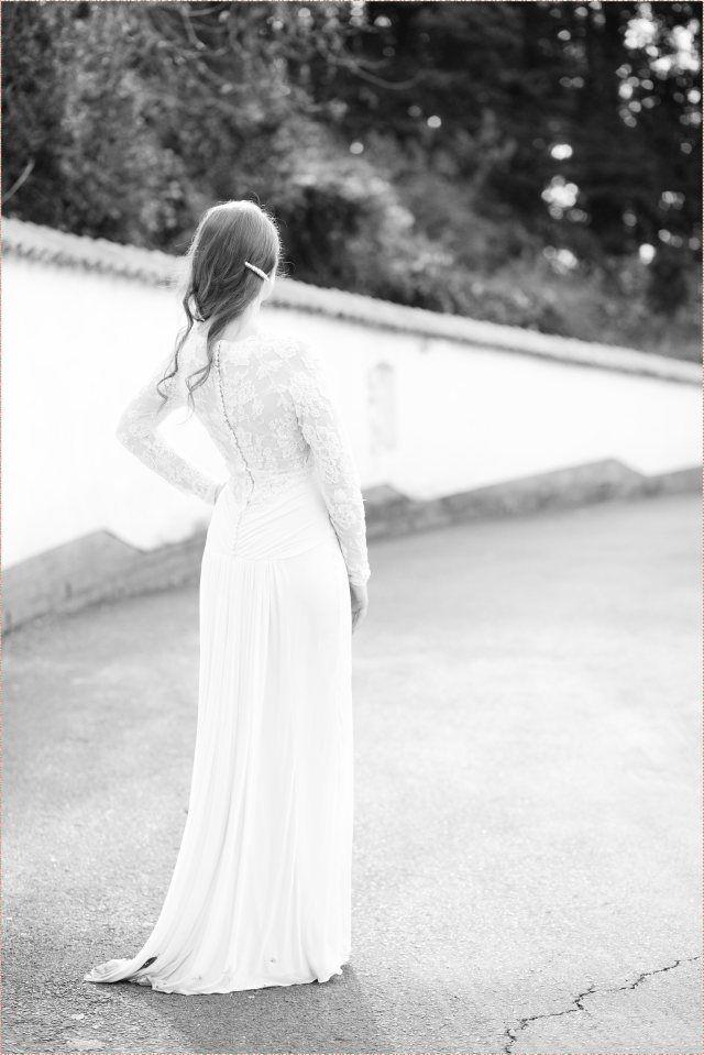 Wedding Dress by Janita Toerien Photo By Fiona Clair Photography