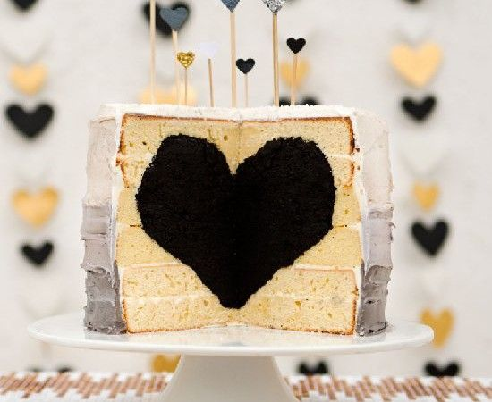 black heart cake #desserts #dessertrecipes #yummy #delicious #food #sweet