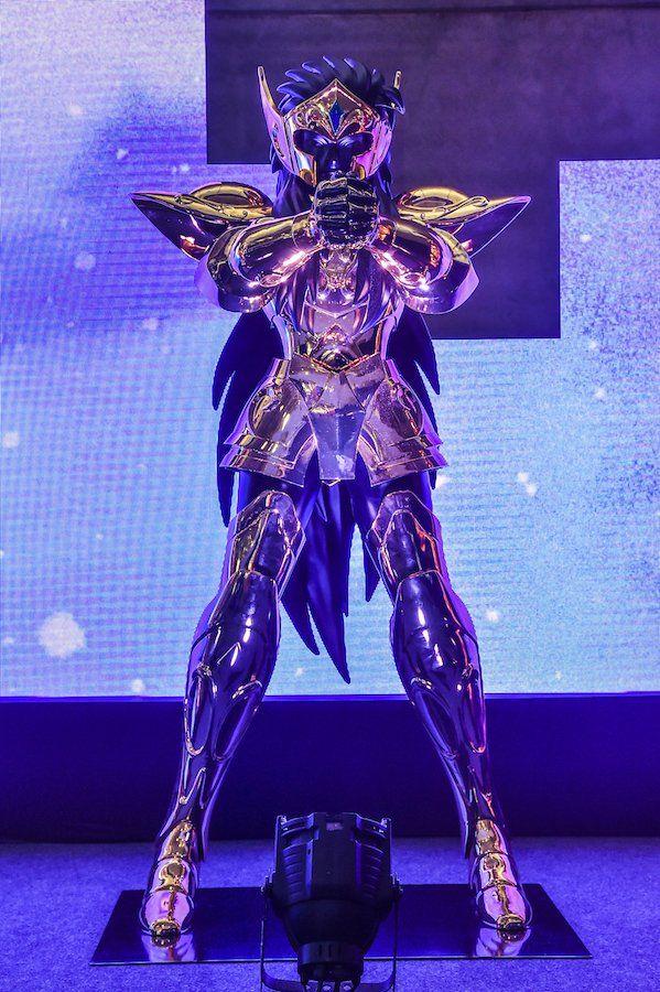 As Armaduras de Ouro de Cavaleiros do Zodíaco se reuniram na CCXP 2016