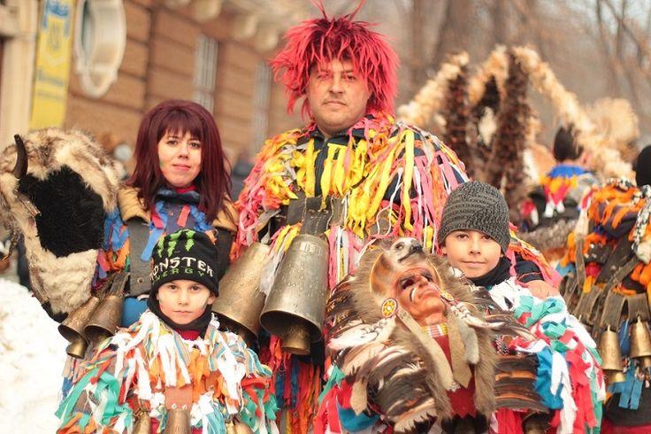 International festival of Masquerade Games SURVA 2017. Pernik Bulgaria. Lana Temina. #surva #festival #kukeri #surva2017 #perniik #mask #carnival #bulgaria #кукери #сурва2017 #маски #интересные #путешествия #фото #традиции #народные #travel
