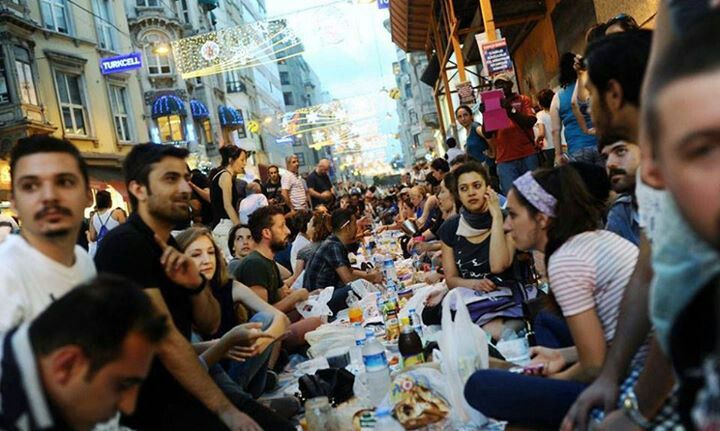 Iftar in Taksim square