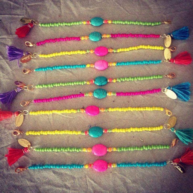 Ibiza bracelet ༺✿ƬⱤღ http://www.pinterest.com/teretegui/✿༻