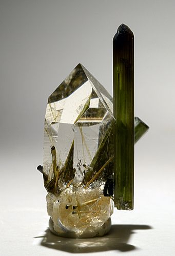 Quartz and Elbaite- this would be such a beautiful piece to decorate with.. Can you imagine?