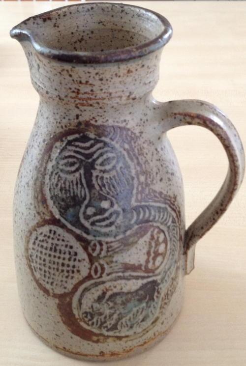 Rorke's Drift stoneware jug by Lindumusa Mabaso, 1985