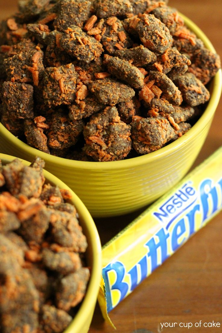 Butterfinger Puppy C6 C. Rice Chex Cereal 1 C. milk chocolate melts 1/2 C. peanut butter, smooth 1 tsp. vanilla extract 1 1/3 C. Butterfingers or Chick-O-Sticks, crushed how-this might be dangerous! ....