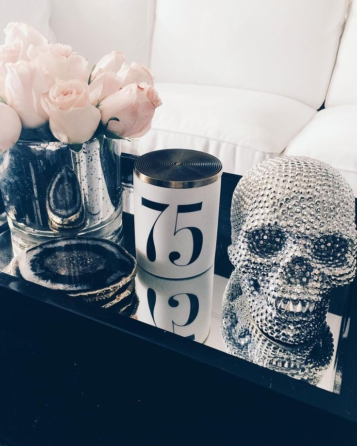 Head of the class. Thé Russe No.75 Candle  Captured by @thedecorista