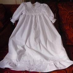 Robe de baptême traditionnelle longue brodée à la main, reservee, 3 mois