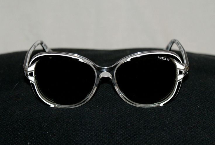 "Original 90s Vintage Woman Sunglasses Transparent Light Grey Black/ Grey Vogue Brand Never Worn Occhiali da Sole Donna "" Vogue "" VO 2735S di BeHappieWorld su Etsy"
