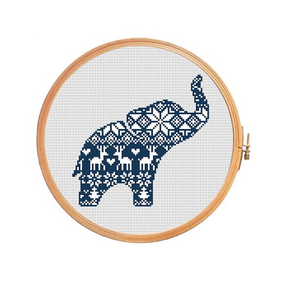 Christmas elephant nordic pattern  cross par PatternsCrossStitch