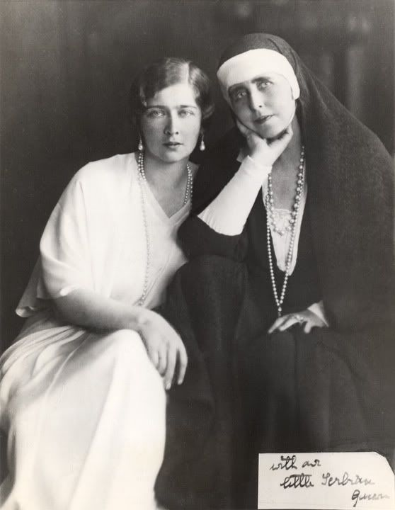 Queen Marie of Romania with her daughter Mignon.