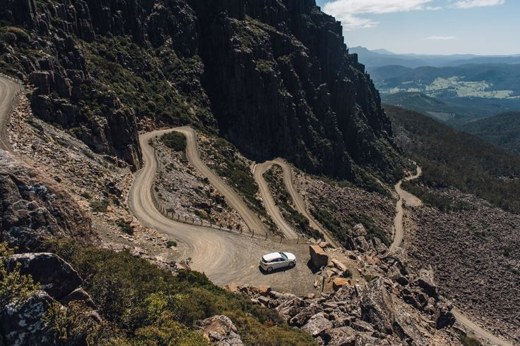 Jacobs Ladder to Ben Lomond is on unsealed (no tarmac) dirt roads and includes a hair pin section which is sure to leave a lasting memory.