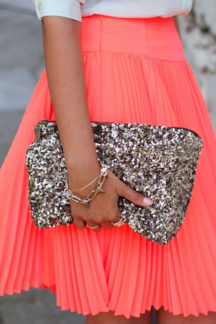 : Style, Neon, Clutches, Outfit, Sequins, Glitter, Coral Skirts, Bright Colors, Pleated Skirts