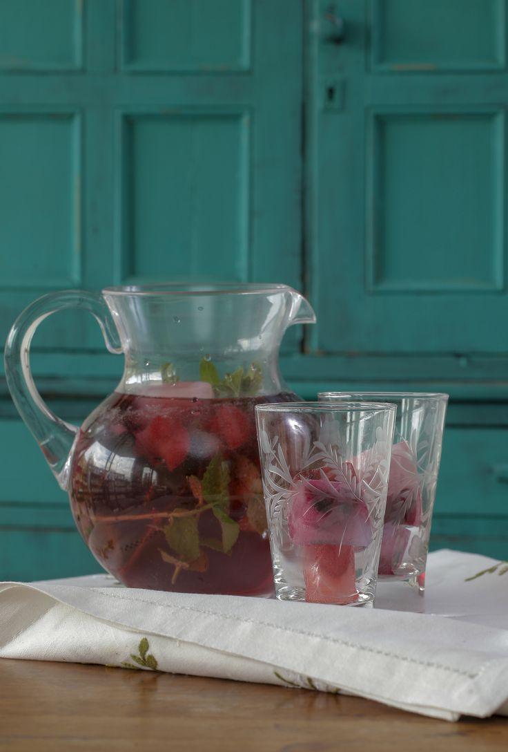 Cubos de hielo con Berries http://www.hortifrut.com/cubos-de-hielo-berries/