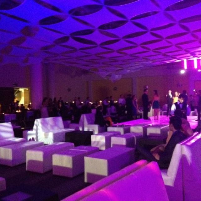 Iluminación y Montaje Lounge Convenciones Sinaloa!!