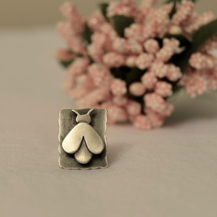 Sterling silver handmade oxidized BEE brooch metalsmith jewelry unisex gift free shipping by studio3point on Etsy https://www.etsy.com/uk/listing/262794611/sterling-silver-handmade-oxidized-bee