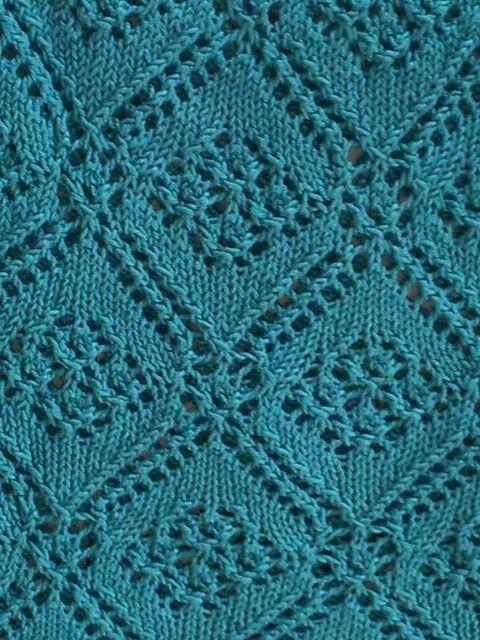 Knitting: fiori e rombi