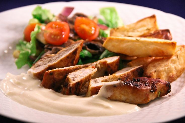 Kyckling Med Vitlökssås & Rostad Potatis! 9 SmartPoints