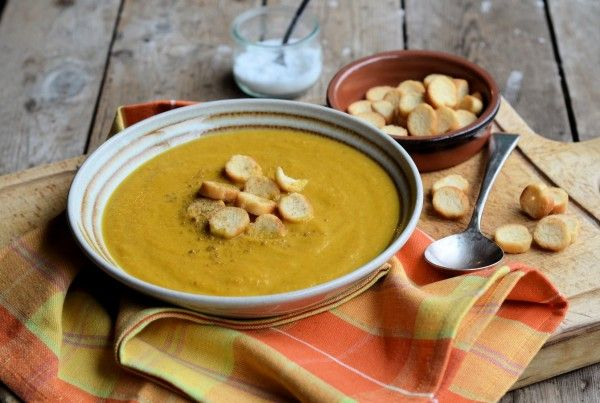 Lavender and Lovage | Weekly Meal Plan, 5:2 Diet Recipes and Curried Carrot Soup (85 calories) | http://www.lavenderandlovage.com