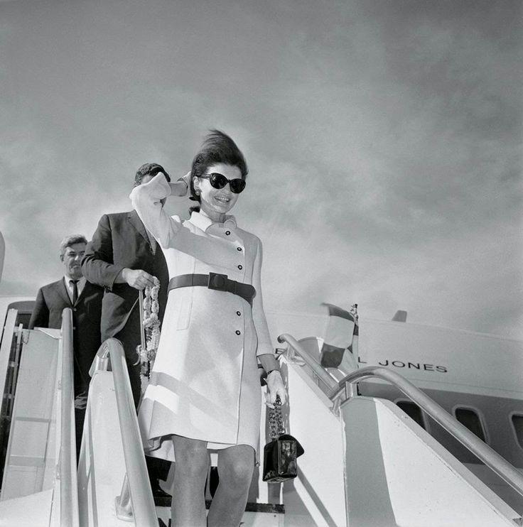 TRAPITOS CALLEJEROS: Otto Bettmann, Jacqueline Bouvier Kennedy, Rome, 1...