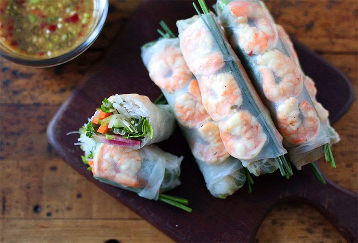 Fresh Vietnamese-Style Spring Rolls with Shrimp ; cilantro ; mint ; chives ; green onion ; lettuce ; bean sprouts ; fish sauce ; healthy ; Asian ; seafood