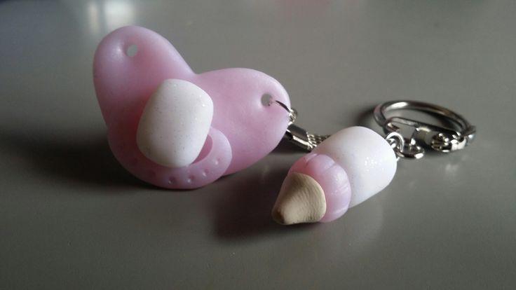 Joli porte clés tétine et son biberon en fimo : Porte clés par carofimo83