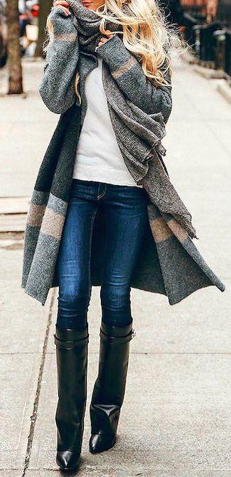#street #style / oversized gray cardigan
