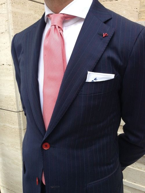 Simplicity is the ultimate sophistication. Mens fashion. Mens style.